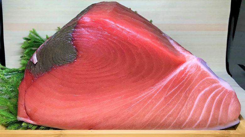 生本マグロ ブロック 腹 約2kg マグロ専門店の生鮪(クロマグロ) - 画像1